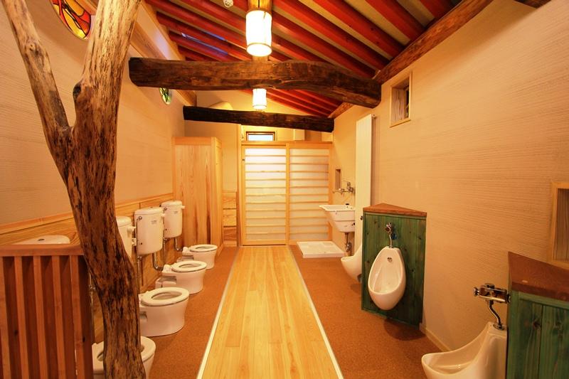 上高田保育園:トイレ