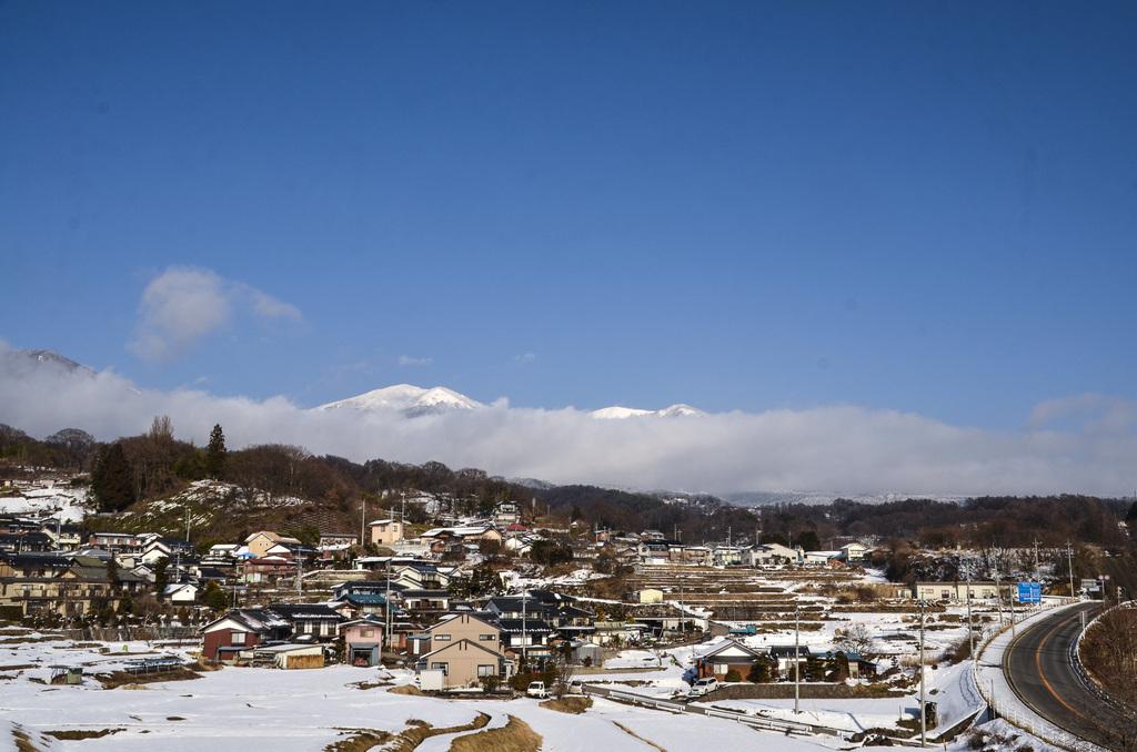 小諸からみる浅間山2月